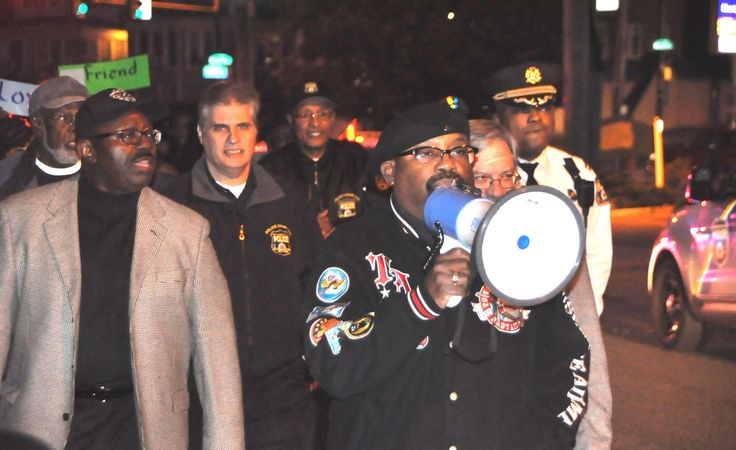 "To witness against the violence so prevalent in its city, Grace UMC in Philadelphia embarked on a Friday night ""Prayer Walk for Peace"" Nov. 4, accompanied by officers and chaplains from its friendly neighborhood police precinct."