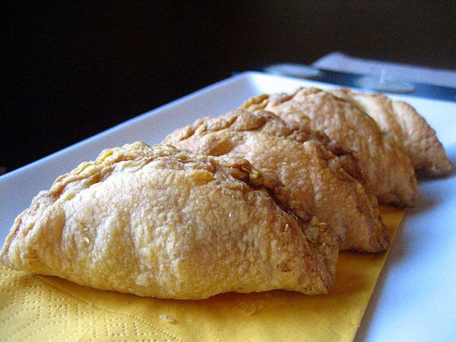 How to Make Curry Puffs: Delicious, Deep-Fried Pastries ...
