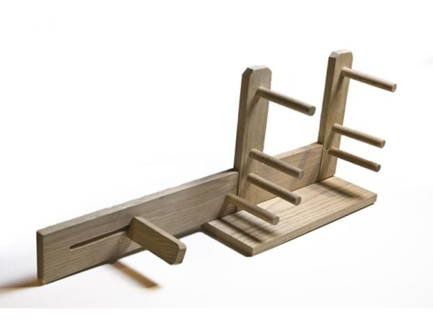 Good plans for building this inkle loom yourself! Inkle Loom