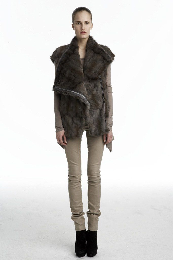 Helmut Lang Fall 2009 Ready to Wear Collection Photos   Vogue