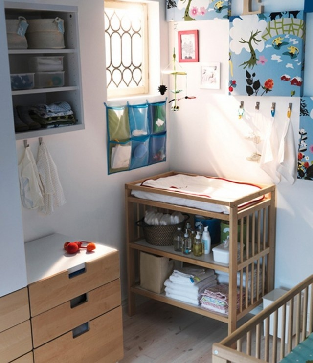 HAVE THIS ONE.. CHANGER AND CRIB
