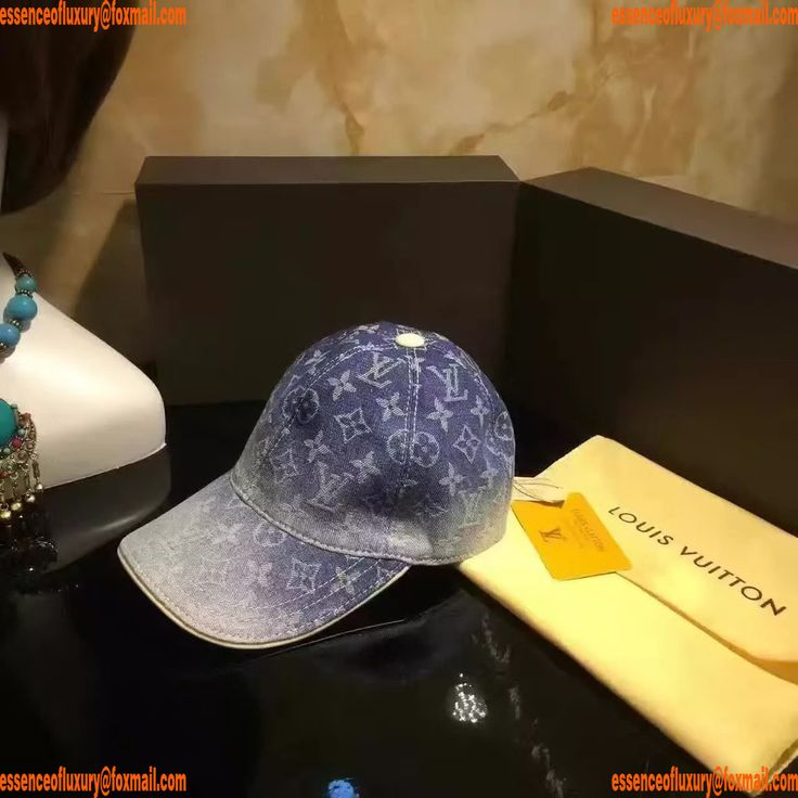 Replica Hats Louis Vuitton Hats Q104PP70 AA14247
