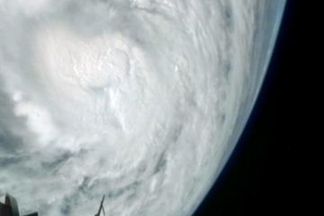 Google Image Result for http://i.space.com/images/i/23164/iFF/hurricane-sandy-space-station.jpg%3F1351252835
