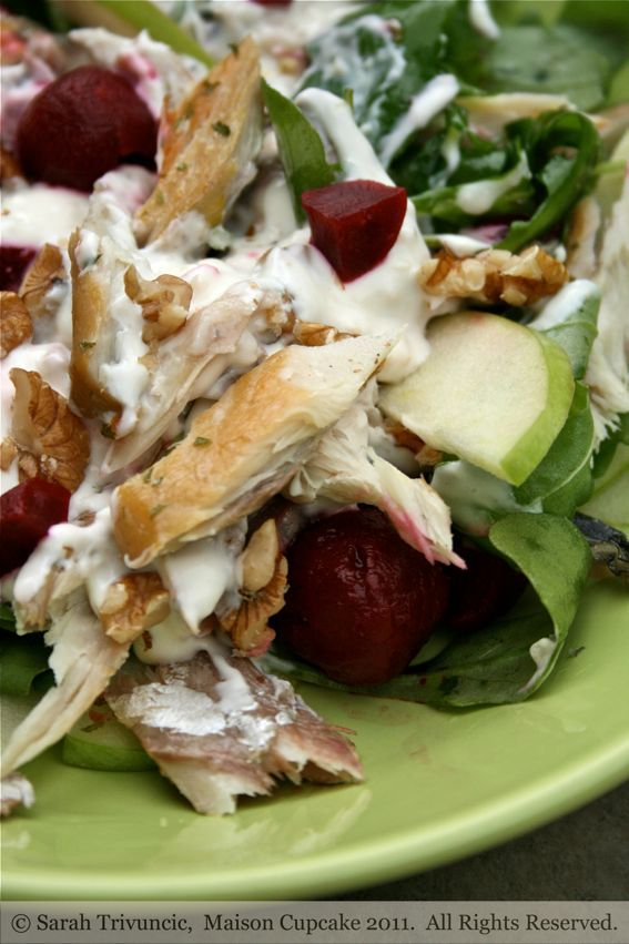 Mackerel salad recipe with beetroot, apple and walnut