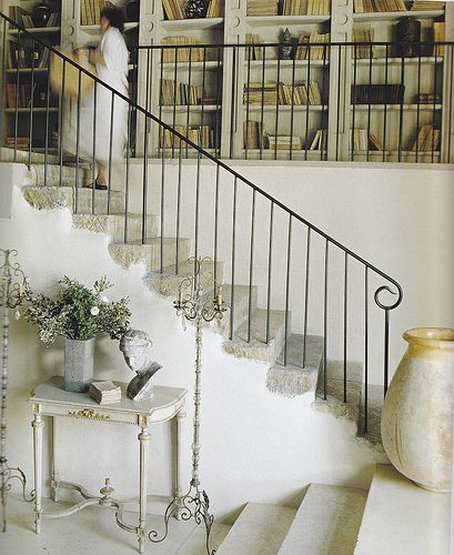 Love the simple flourish at the end of this thin metal railing  French Country HomeStairs | Flickr: Intercambio de fotos