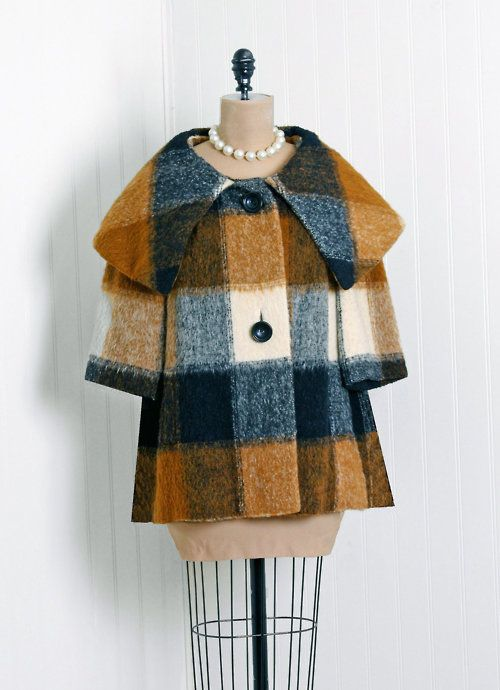 Vintage 1960s plaid short sleeve coat