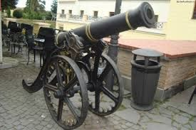 Imagini pentru tunuri sala thalia
