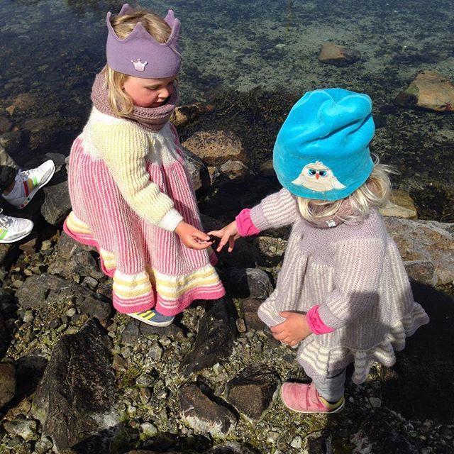 Sommer 2016  glem ! På med svingekjoler i alpakka ull! / No need for  this summer... But a swing-dress in alpaca wool is perfect!   #instastrikk #instaknit  #strikktilbarn #oneofakind #norwegiandesign #norskdesign #håndlaget #handmade #knit #knitdesign #knitforkids #knitting #strikkedesign #svingekjole #alpakkaull #knitinwool #wool #designstrikk #DIY #medkjærlighetpåpinne #knittinglove #knitaddict #igknit #igstrikk #strikkedilla #knittersofinstagram #premiumknit#medkjærlighetpåpinne ...
