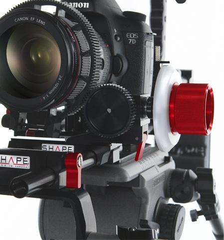 SHAPE #FollowFocus Friction & Aluminum 0.08 pitch, with Lens Gear Kit http://www.shapewlb.com/en/follow-focus-en.aspx