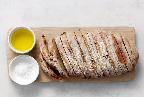Viererlei Brot fürs Grillen | AEG – Geschmackssachen