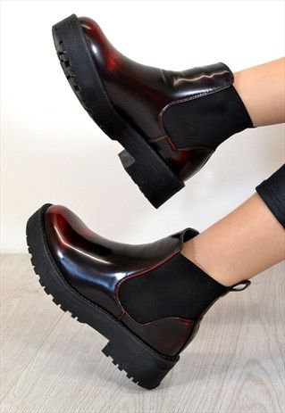 REMY Chunky Low Heel Biker Style Chelsea Ankle Boots