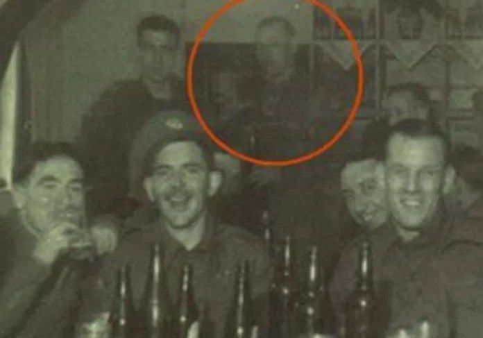 Do You Believe in Ghosts? 25 of the Most Convincing Paranormal Pictures Ever Taken - Drinking Buddy