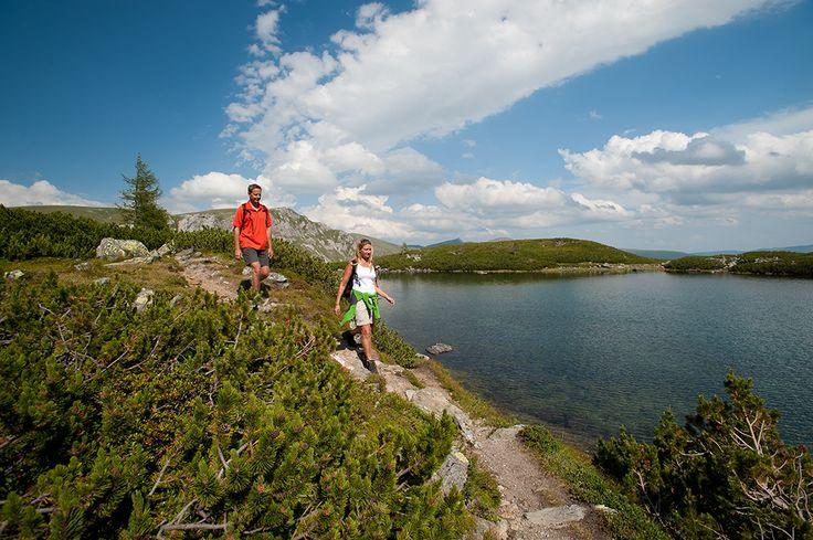 Österreich Millstätter See; Wandern, wo die Granatsteine funkeln: www.hikeandbike.de