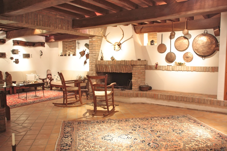 The old  farmhouse has been completely renovated using original and traditional techniques which has created a warm and friendly atmosphere. www.lagaianabeb.it