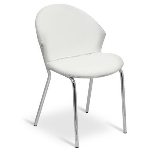 Sedia in metallo di forma semicircolare con sedile e schienale in ecopelle