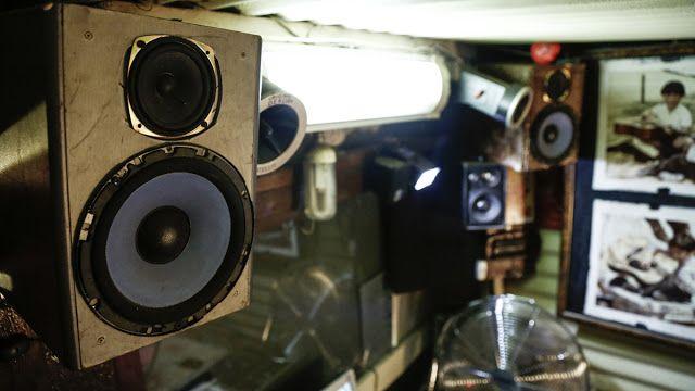 Radio Shack  Pic: Chris Saunders
