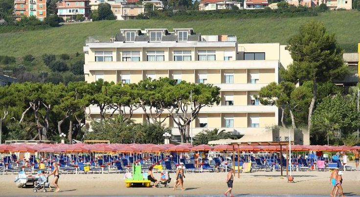 Hotel Cristallo Giulianova Located on the seafront in Giulianova Lido, Hotel Cristallo offers a stunning rooftop terrace with hot tub. It also has a private beach and modern rooms with Sky TV and free Wi-Fi.  All rooms are air conditioned and have a contemporary design.