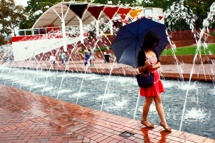 A rainy day at Darling Harbour Park