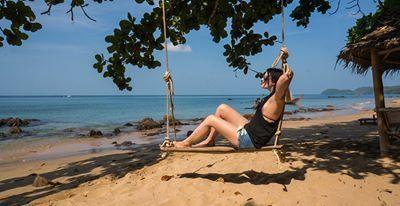 Koh Jum, Thailand, Asia   Tree swing, beach, isolation, sunshine   http://tinytrek.blogspot.fi/2015/09/matkamuistoja-koh-jum.html