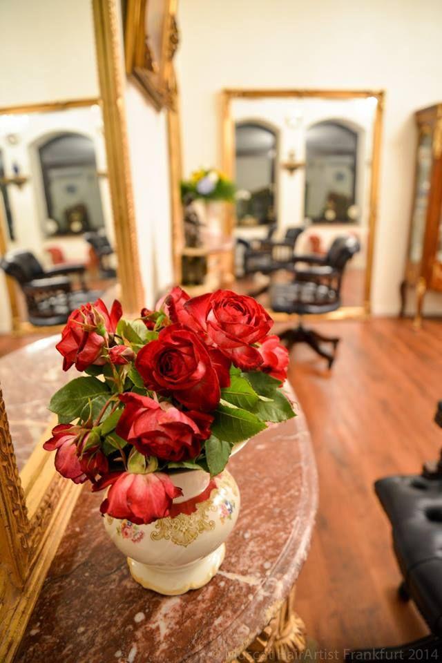 Flower Power beim Friseur  #friseur #frankfurt #redken #schloss #muscat #fressgass #extensions #haarverdichtung #haarverlängerung #beauty #frankfurtinnenstadt #alteoper #goethestrasse #salon #friseursalon #leadingsalonsoftheworld