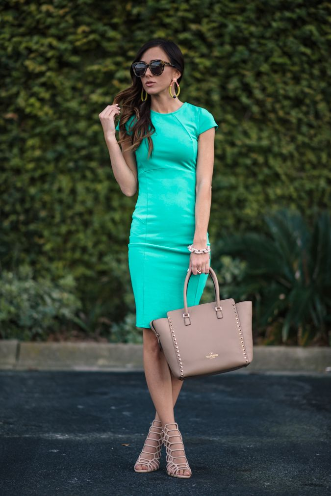SPRING GREEN DRESS + STATEMENT EARRINGS | Sequins & Things