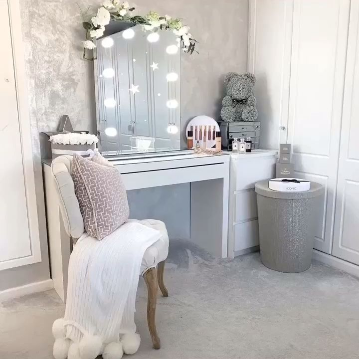 We love @housetohomeatlast bedroom featuring our Diaz Hollywood Mirror. 🤩 | Makeup Mirror with Lights | Dressing Table Mirror with Lights | Vanity Mirror with Lights | Illuminated Makeup Mirror | Light Up Makeup Mirror | Hollywood Mirrors #hollywood #hollywoodmirror #hollywoodmirrors #dressingtable #dressingroom #vanitygoals #vanitymirror #mua #makeup #makeuptips #makeupartist #makeupmirror #beauty #beautytip #beautyblogger #mirror #hollywoodmirrorsofficial