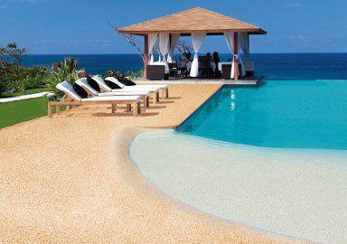 piscina naturale rivestimento sabbia