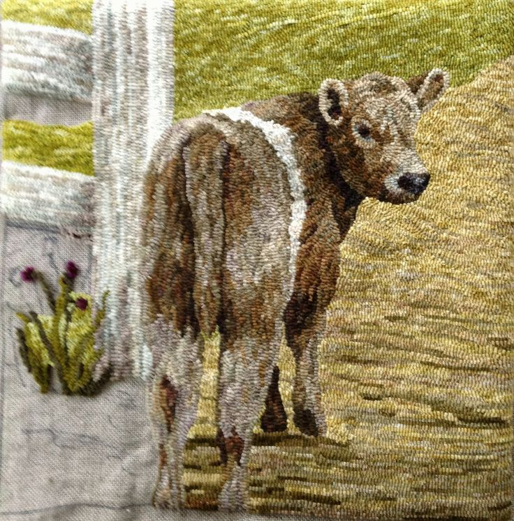 Woolen Tales Rug Art: More Progress On The Beltie And Another Little Piece.