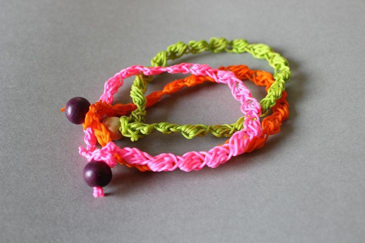 DIY - Crocheted Bobble bracelet and necklace