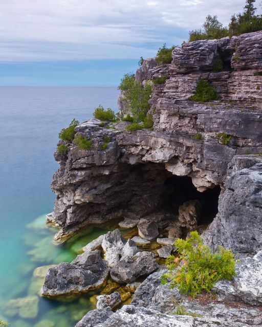 The Grotto - Bruce Trail ON, Canada Beautiful place. Would like to go here some day.