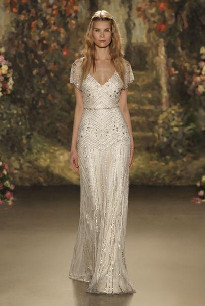 40 vestidos de noiva para mulheres baixinhas 2016: escolha a melhor opção para você! Image: 20