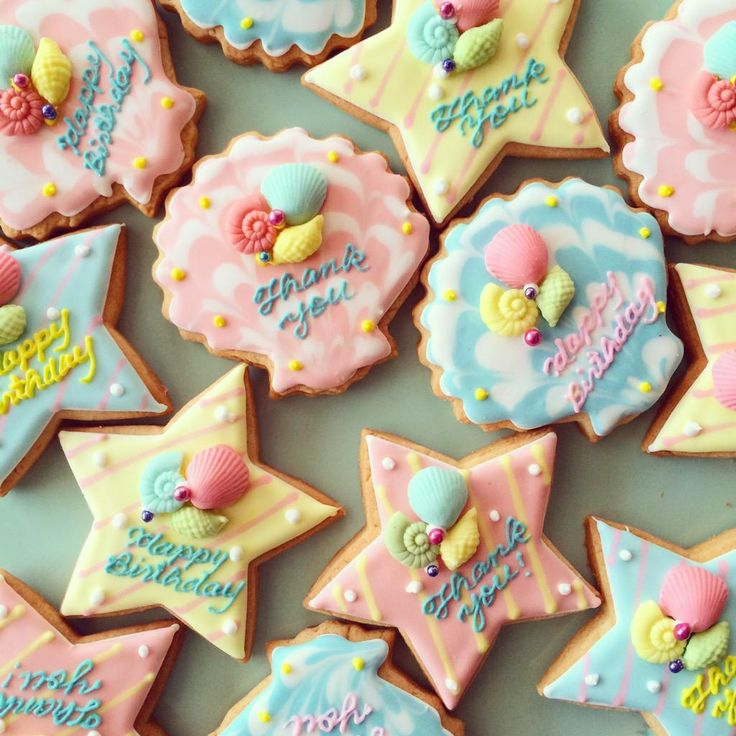 seashell and star cookies