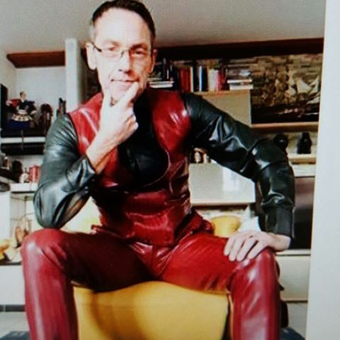 Colourful choice for 2day! #latexline #inspiration #suit #createyourstyle #me #michaelfeldmann #individuality #unique #men #style #fashion #trendsetter #rubber #followme #suit #elegance #fetishes #followmeplease #gentleman #instagood #fetishmodel #mensfashion #rubbersuit