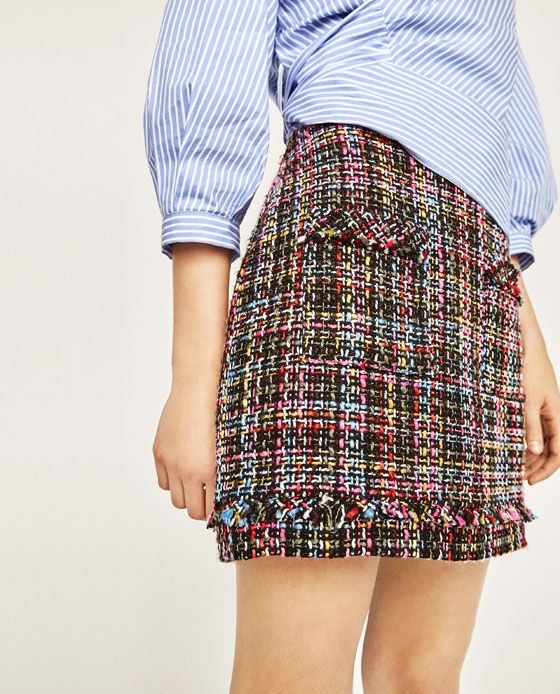 Image 5 of SHORT TWEED FRAYED SKIRT from Zara
