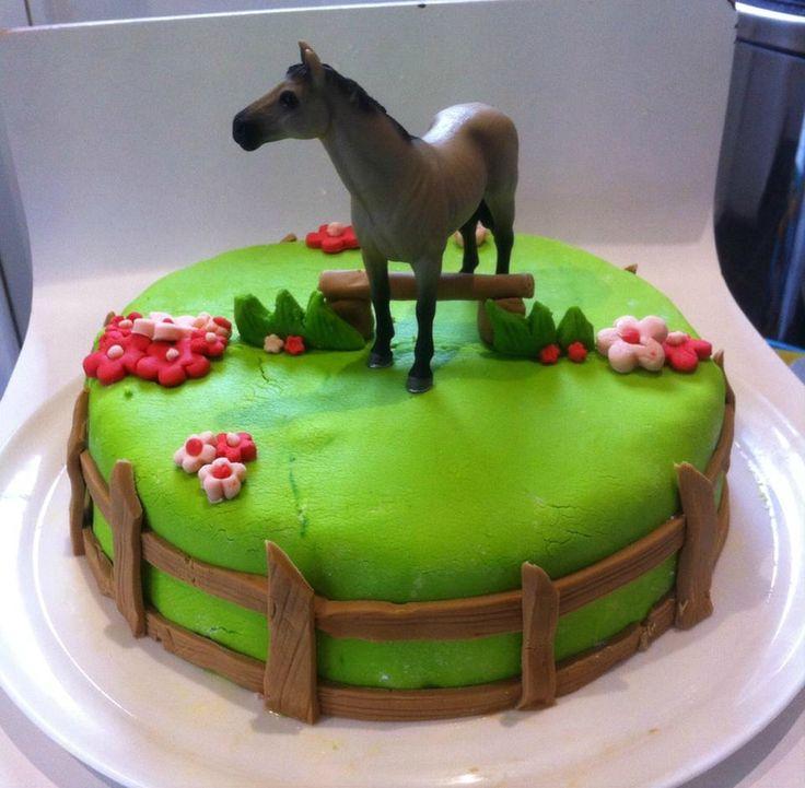 Préférence Les 25 meilleures idées de la catégorie Gâteau cheval sur  JG91