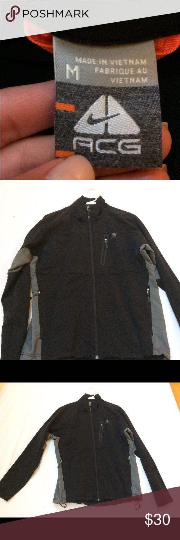Nike ACG fully lined jacket Black and gray; EUC! Exterior pockets, adjustable waist, full-zip lightweight jacket/windbreaker. Easily folds and fits into luggage, golf bag, or bag. Nike ACG Jackets & Coats Windbreakers