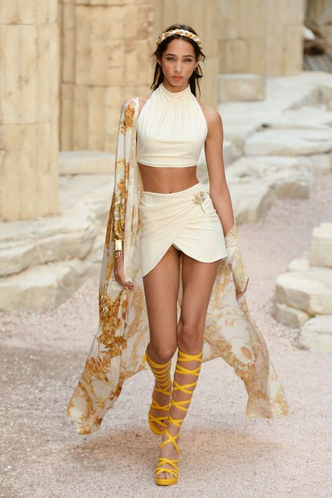Chanel sent major Greek Goddess vibes down the Resort 2018 runway.