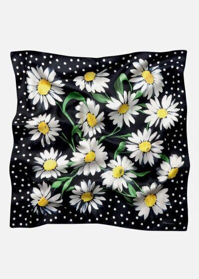 @dolcegabbana Summer 2016 'Daisy' Women's Collection.
