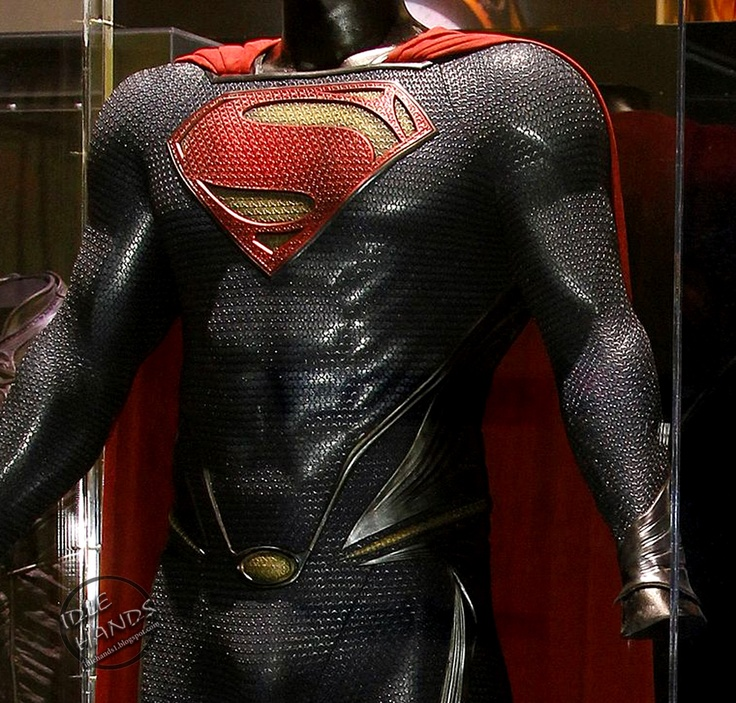 new Superman suit at Comic Con