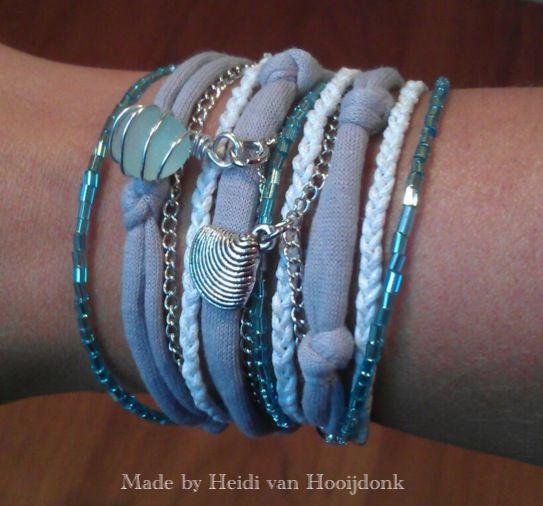Boho chic wrap bracelet with Italian sea glass. Can also be worn as necklace. Wikkelarmband met Italiaans zeeglas.  Kan ook als ketting worden gedragen.