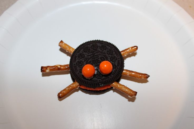 Spider Oreo - Pinned by @PediaStaff – Please Visit  ht.ly/63sNt for all our pediatric therapy pins