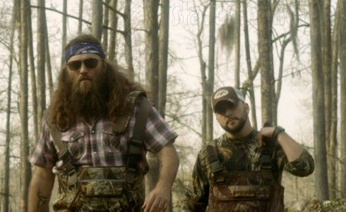 "Duck Dynasty's Willie Robertson in Tyler Farr's ""Redneck Crazy"" music video"