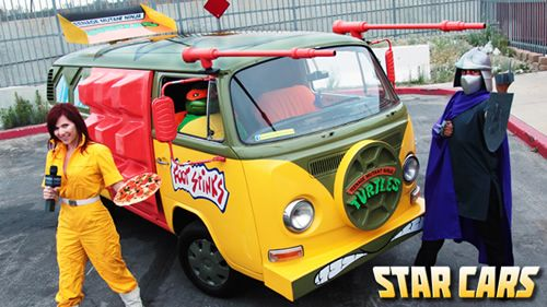 Teenage Mutant Ninja Turtles Van and Cosplay on Global Geek News.