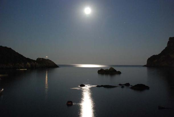 la luna e il mare.Connubio perfetto