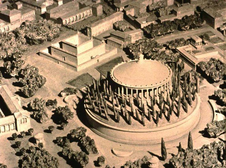 Reconstructie Van Het Mausoleum Van Augustus