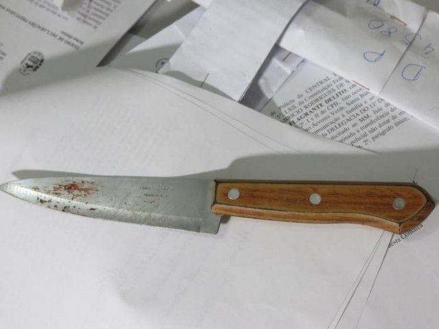 #News  Mulher que trabalhava como Frentista é assassinada pelo companheiro a facadas em MG