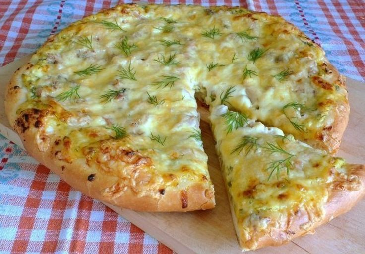 Pizza de țară - simplu și gustos! - Retete-Usoare.eu