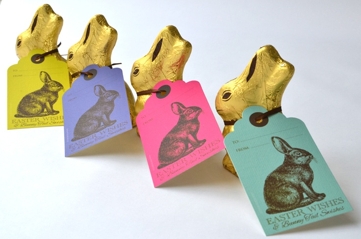 My all-time favorite - a classic gold Lindt bunny personalised with a Macaroon Easter tag - the perfect Easter gift