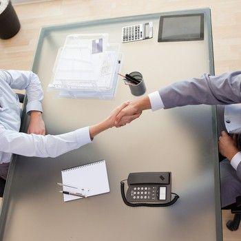 Especialista em transição de carreira de altos executivos, José Augusto Minarelli dá dicas práticas para quem está à procura de um emprego