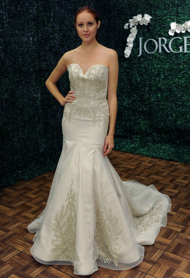 Get inspired: An exquisite strapless Jorge Manuel (@Jorge Manuel) wedding gown. Love those folds!